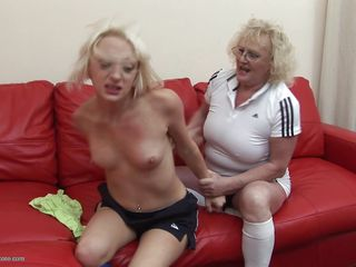 грубый секс с мамой