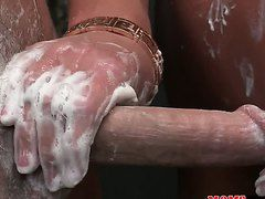 Порно с двумя зрелыми дамами