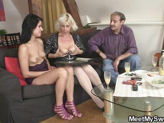 Порно фото зрелых мамаш
