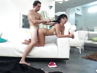 порно первый раз в задницу